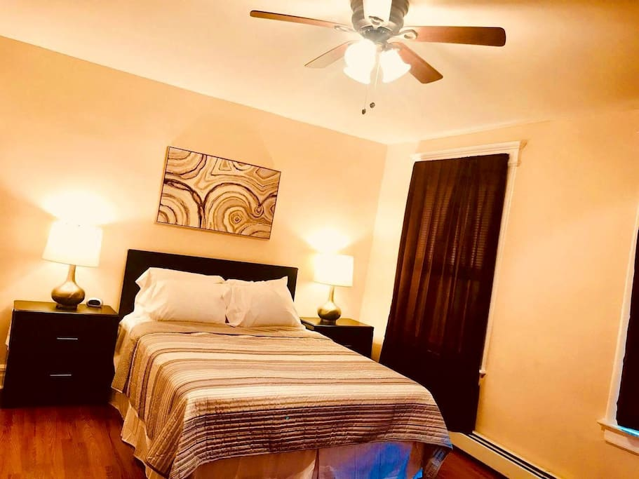 Large comfortable bedrooms with queen size beds and lots amenities. Sleep in late!