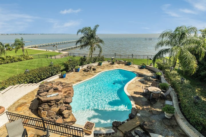 Waterfront Luxury Home with Heated Pool & Spa!