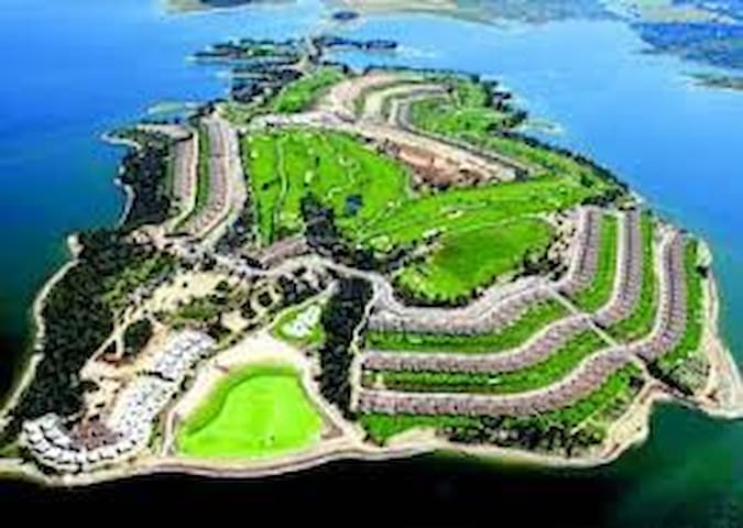 Villa-Golf-Vistas lujo Isla de Valdecañas El Gordo - El Gordo - วิลล่า