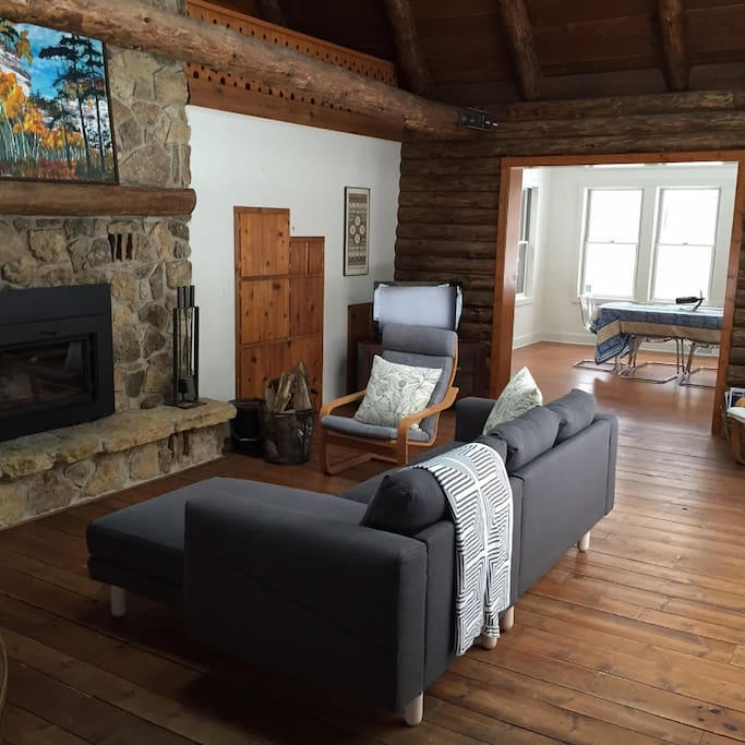 cross plains chat rooms There's 1 pet friendly vacation rental home in cross plains, wi try changing your search options to find available rooms fetching results.