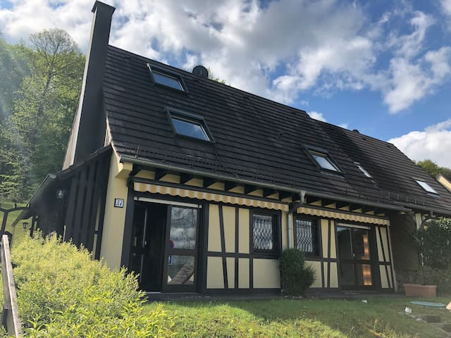 Villa résidence les châtaigniers 10 personnes