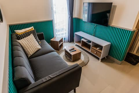 Archies Crib - 2BR Apartemen @Silktown Alam Sutera