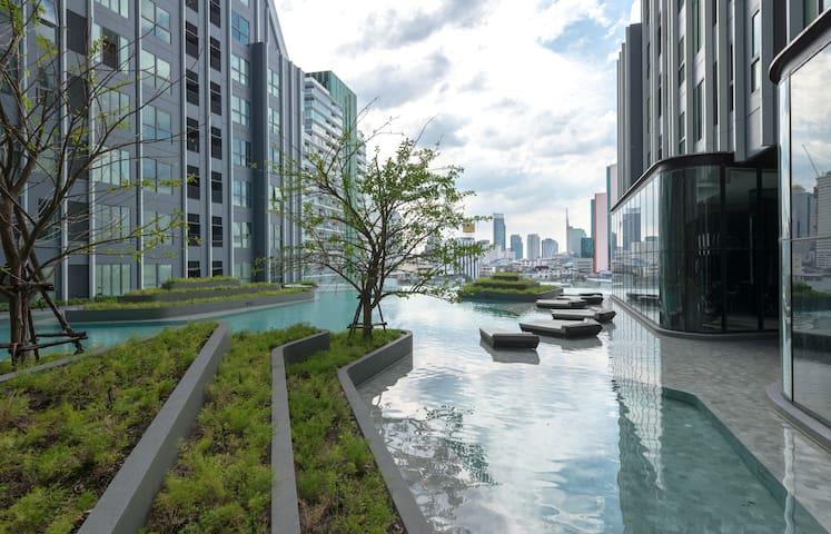 曼谷市中心高端公寓,给你不一样的旅行体验 - มหาพฤฒาราม - Квартира