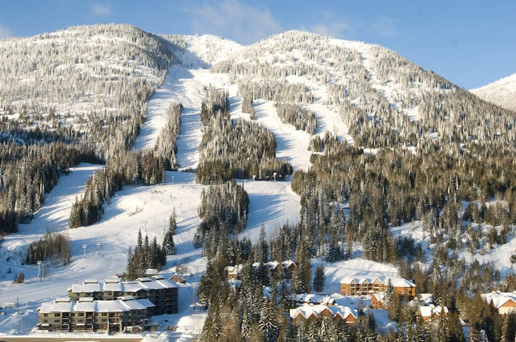 Slalom Creek 2 Bedroom + Discounted lift tickets
