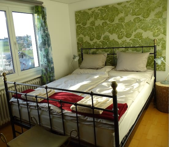 FOREST: das Zimmer in Grün