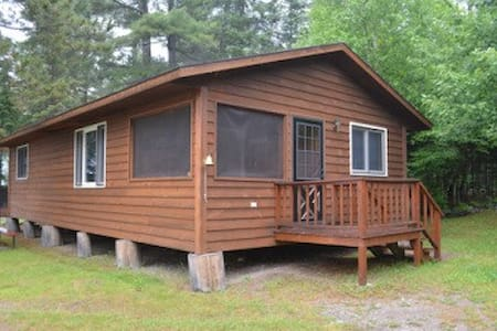 Lakeside, Family Friendly Cabin - Ely - Blockhütte
