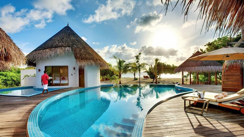 HIDEAWAY BEACH RESORT DELUXE WATER VILLA WITH POOL