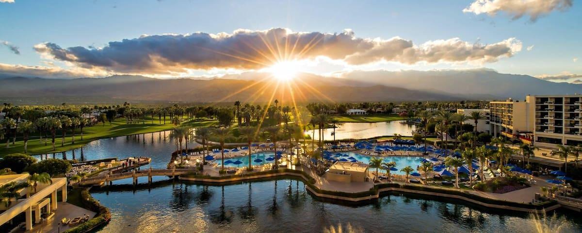 Marriott Desert Springs I Master Suite & Guest Rm