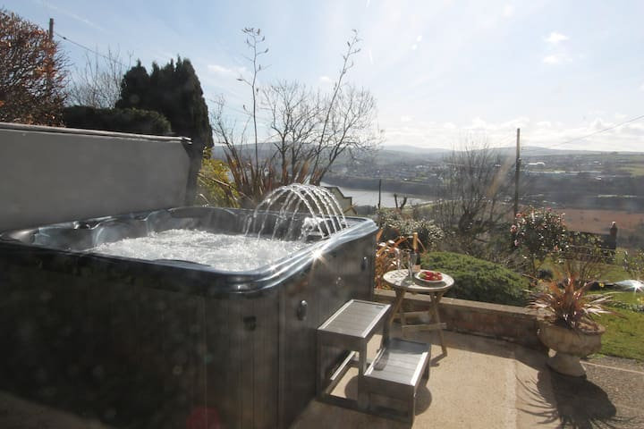 House near Fishguard: large garden and new hottub