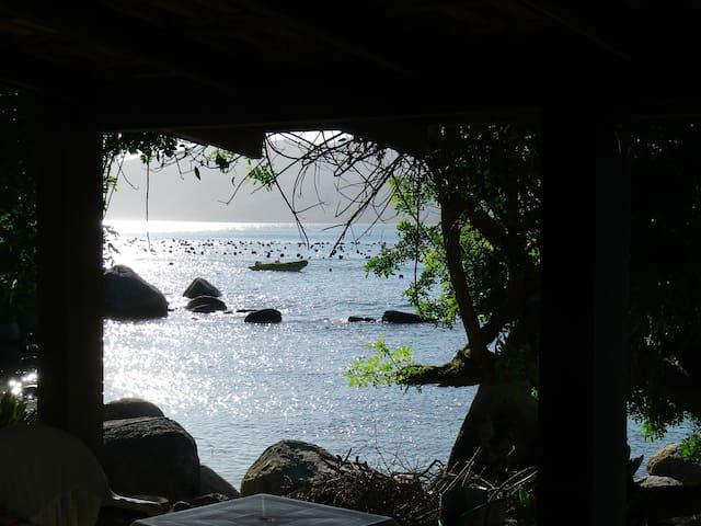 """Férias de frente para o mar """"PÉ NA AREIA""""!"""