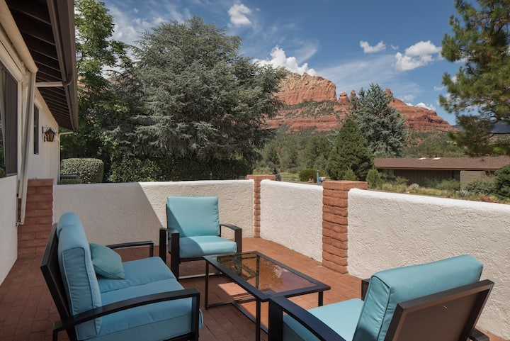 Uptown Sedona with a Front Porch View