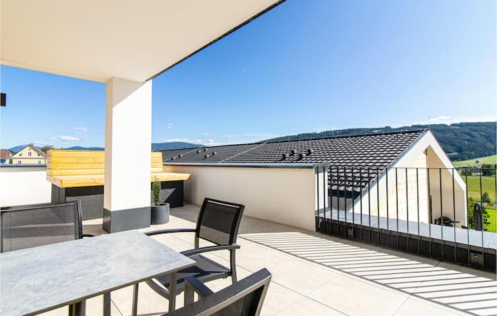 Beautiful apartment in Mariapfarr with WiFi and 3 Bedrooms