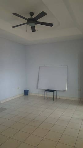 Private House for living or business officce