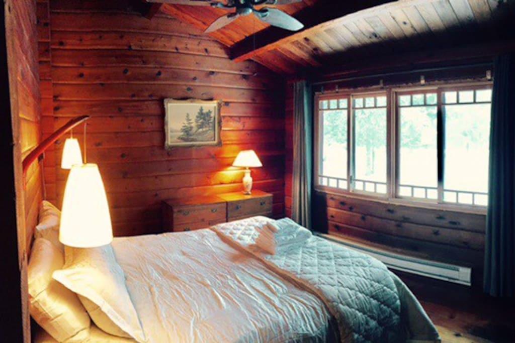 Pannabode Bedroom