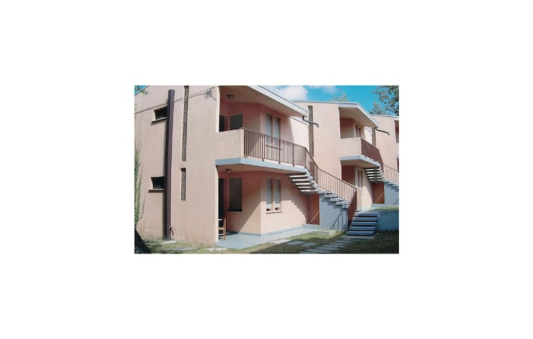 Holiday apartment with 2 bedrooms on 40m² in Rosolina Mare RO