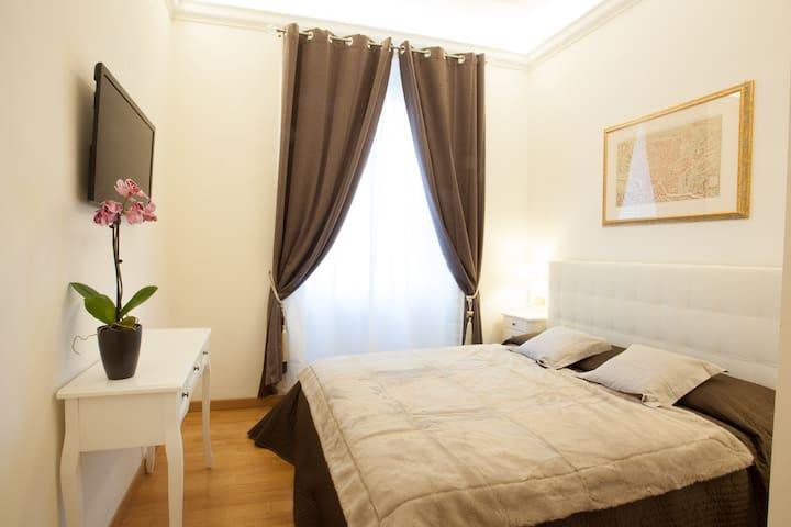 San Peter's Room