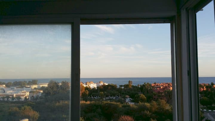 Sunny Apartment Sea View in Parque Antena,costa so