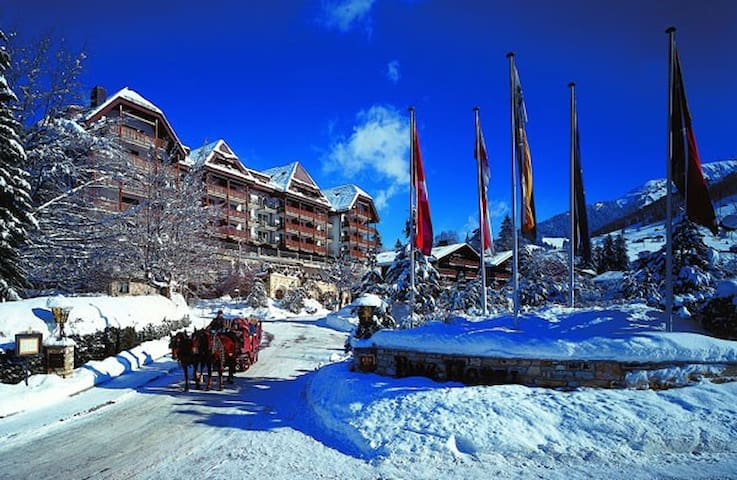 A beautiful apartment in a  5 * hotel in Gstaad