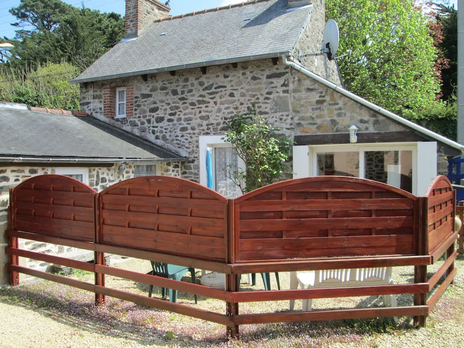 Jolie maison de p cheur enti rement r nov e houses for - Maison de pecheur bretagne ...