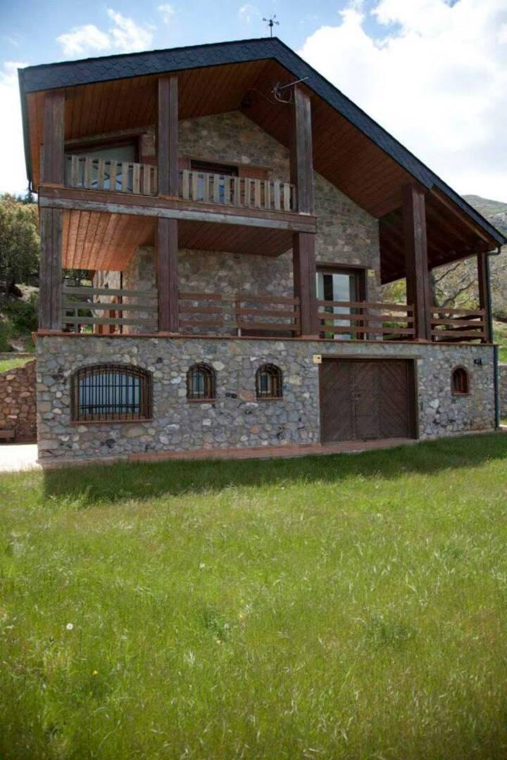 Refugio del Águila Casa Rural tranquila y relax.