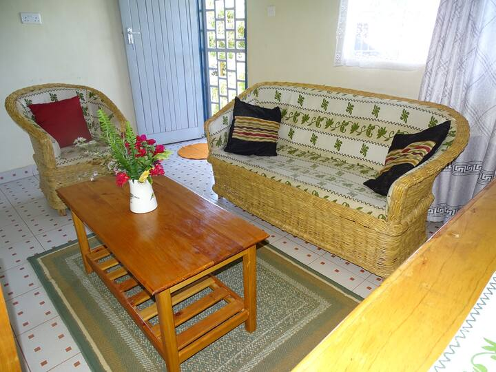 Furnished house Afrikana Yard. House for four.