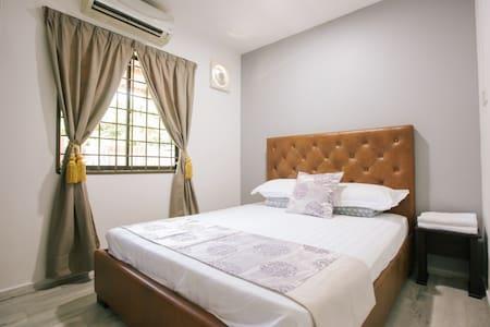 Melody Villa (Room C) Sg.Abong, Muar
