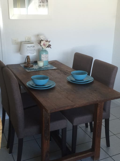 Dining table nr 41