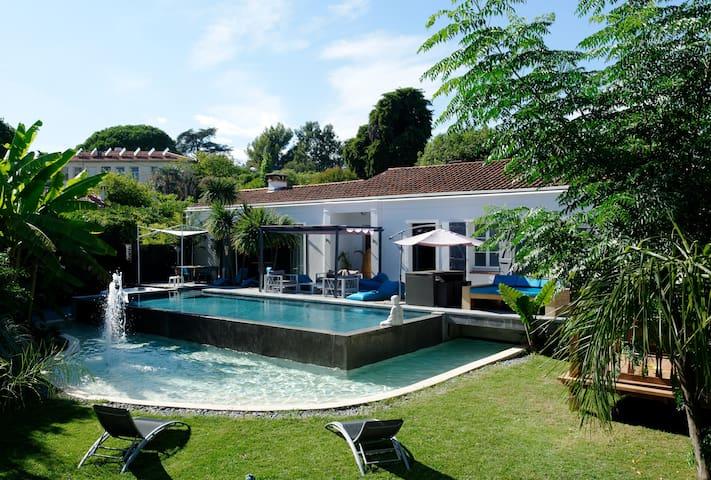 Villa Amnesia , Cap d'Antibes