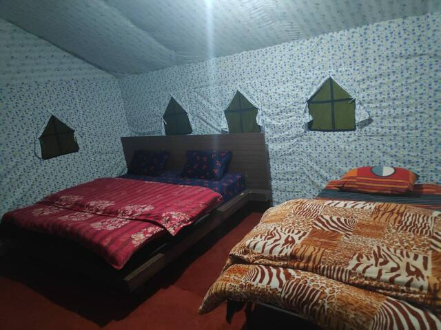 Luxurious Swiss Camping Stay - Deoria Tal Chopta