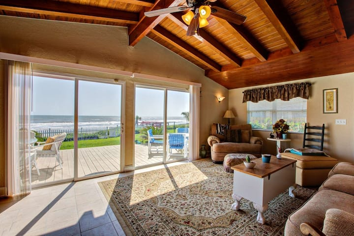 Beachfront Home! Private Beach Access-2 Miles to Hard Rock/ Boardwalk - Outdoor Shower and Free Wifi