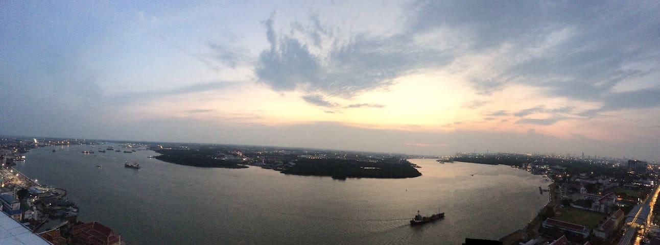 10mins to BTS,30min to Suvarnabhumi - Amphoe Mueang Samut Prakan - Condominium