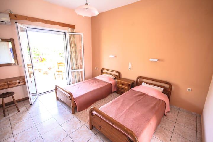 Apartment In Agios Sostis - Zakinthos - Daire
