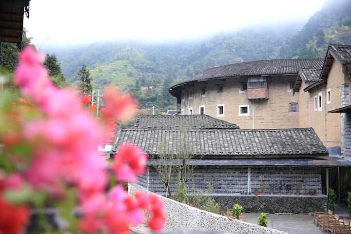 Tsingpu Tulou Retreat, original earth buildings.