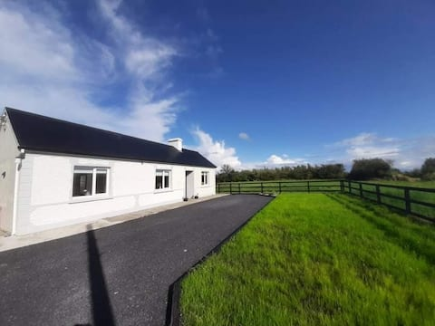 Newly renovated cottage in quiet rural area