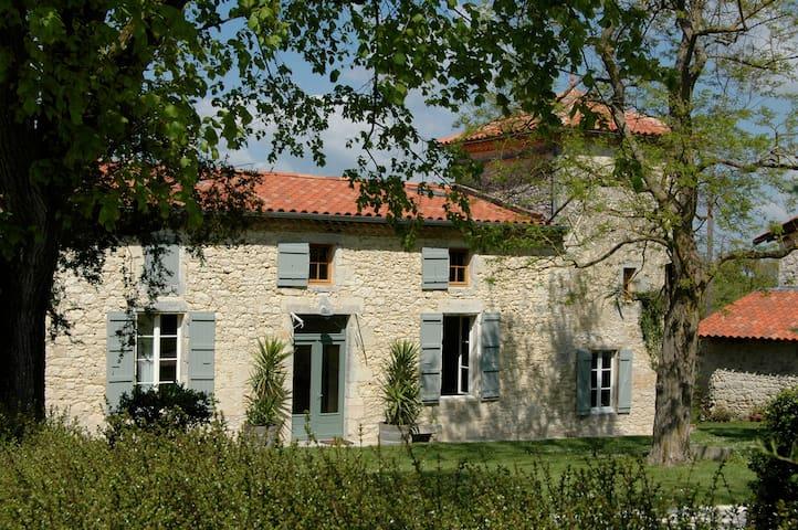 Gîte de charme des Burguères - Saint-Léonard - Dom