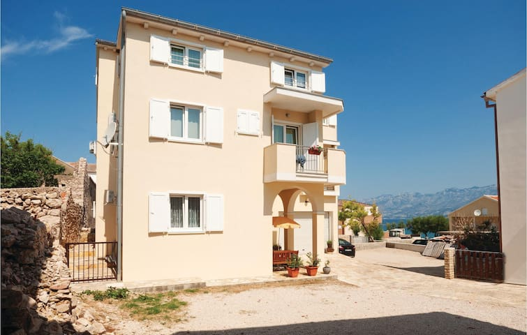 Holiday apartment with 1 bedroom on 35m² in Razanac