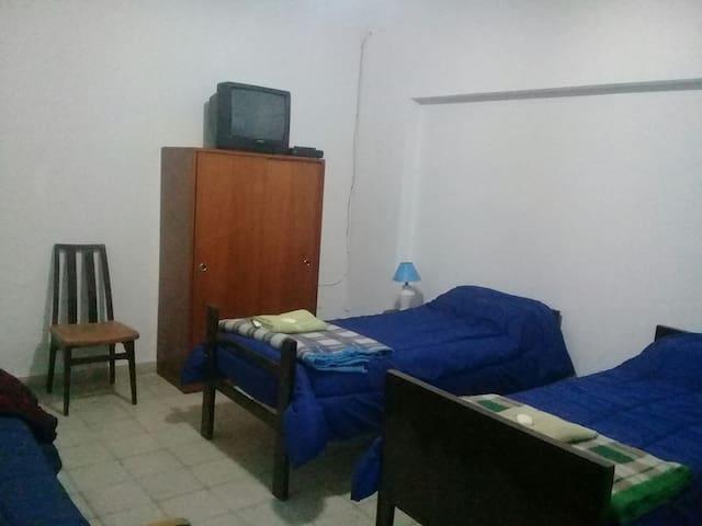 BellaVista, Habitac Individual con baño compartido