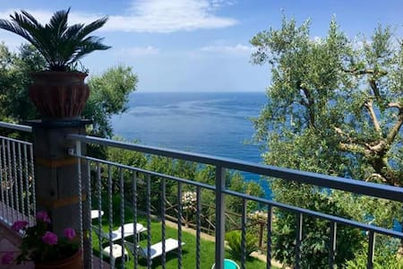 La Palombara Capri room - Vico Equense - Bed & Breakfast