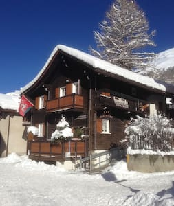 Newly Renovated Classic 1803 Chalet - Zinal - Σαλέ