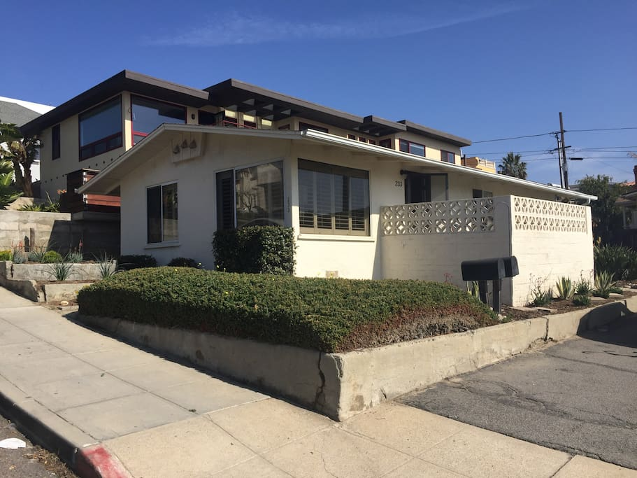 Unit 1 is 2br/1ba with a queen and full size bed