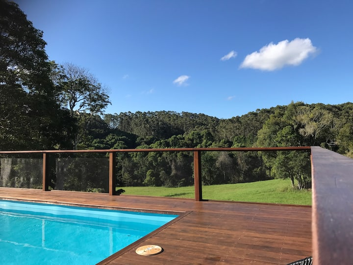 Beautiful home in the Byron hinterland