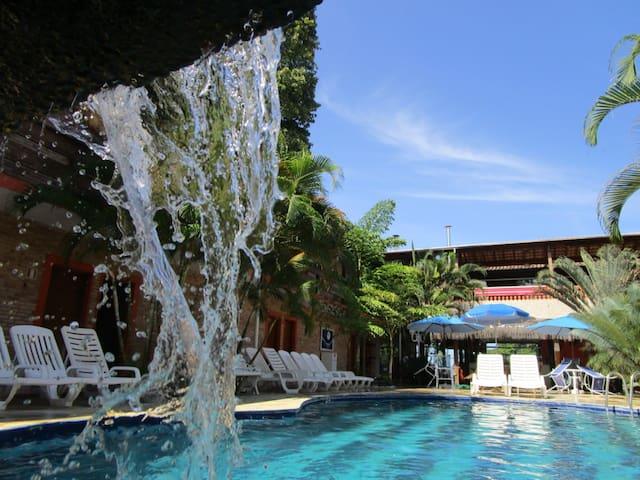 Hotel Dellamares - Frente a praia!