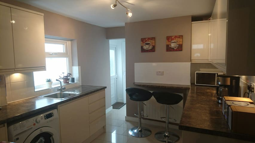 Newly renovated - Great location - Cardiff - Maison
