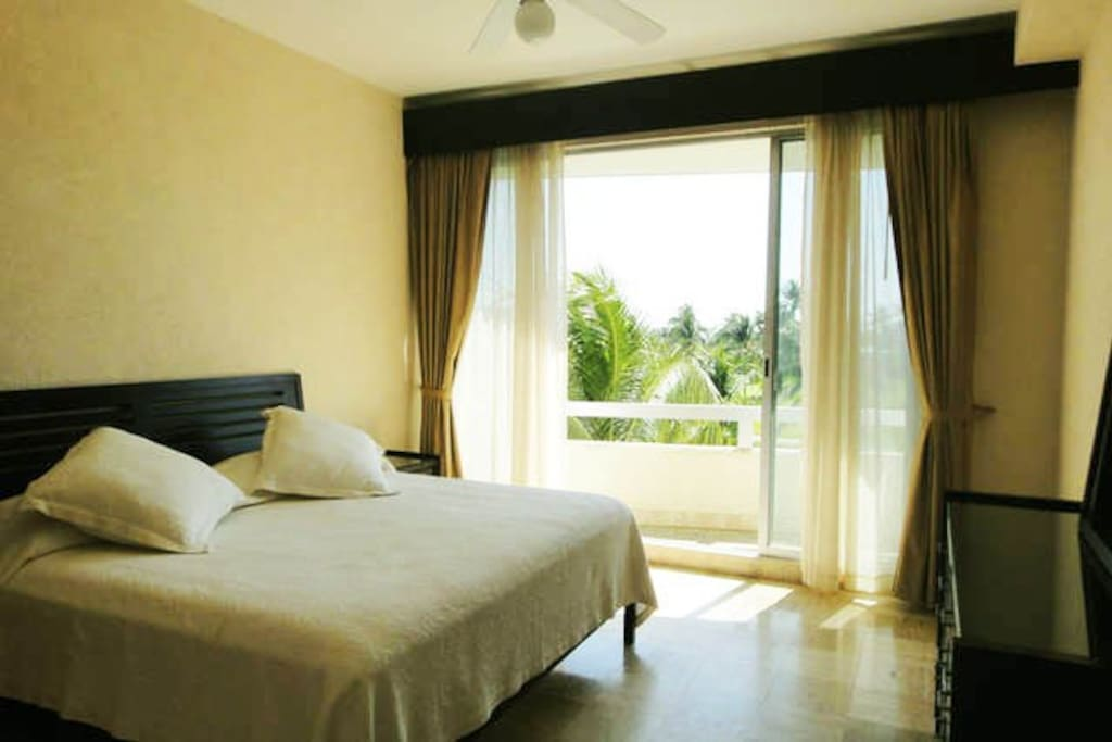 Main Room - King Zise bed - Recamara Principal