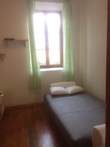 camera con divano letto a trento sud - Mattarello - Apartment