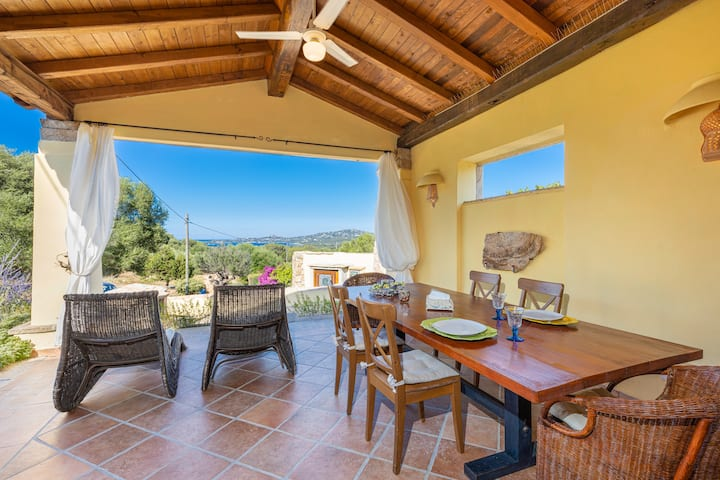 Stylish Villa Smeralda with Sea View, Private Terrace, Garden & Wi-Fi, Parking Available, Pets Allowed on Request
