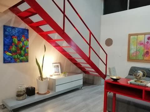 Confortable loft para escapada romántica.