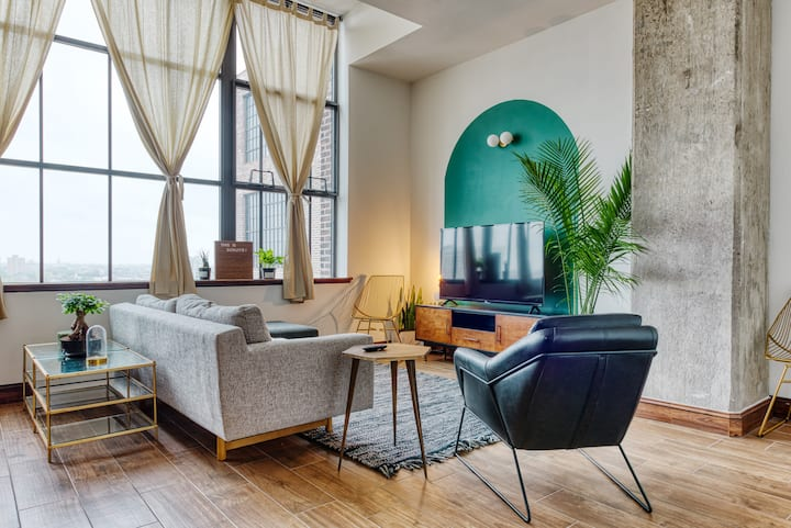 Sosuite | Dreamy Art Deco Pad | Discounted Parking