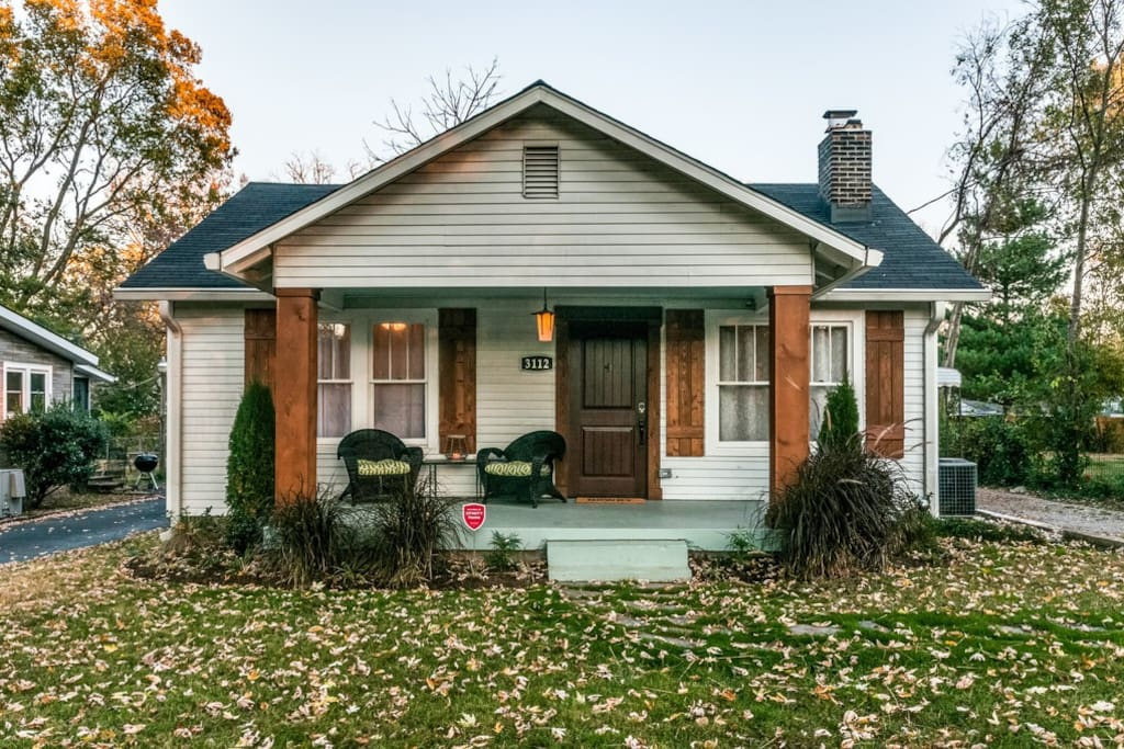 ~Join us in our vintage Nashville bungalow with full yard and front porch! ~