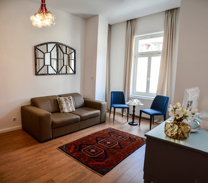 Baross Boutique in center - City view Apt